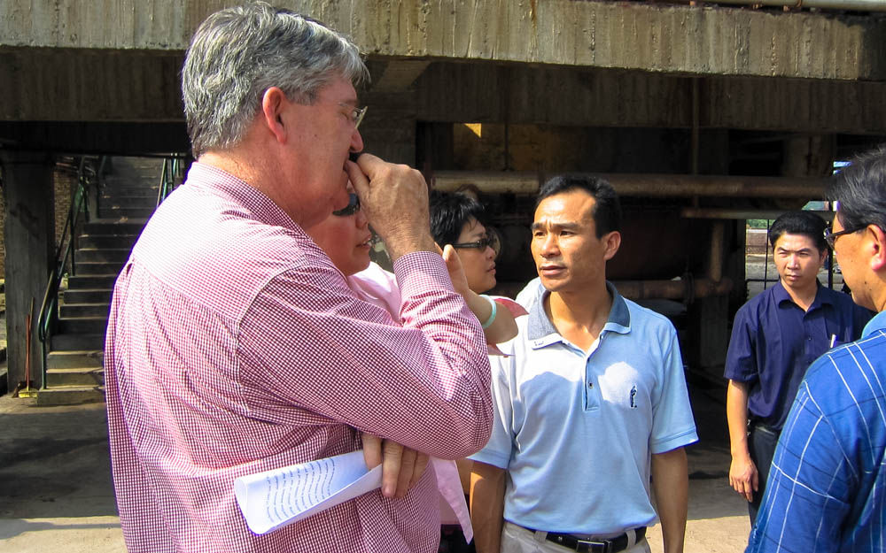 Sugar refinery inspection. Southern China 2003